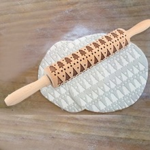 Baking Christmas Tree Embossing fondant printing rolling pin Beech 38CM creative gift Engraved Rolling Pin Party Tools