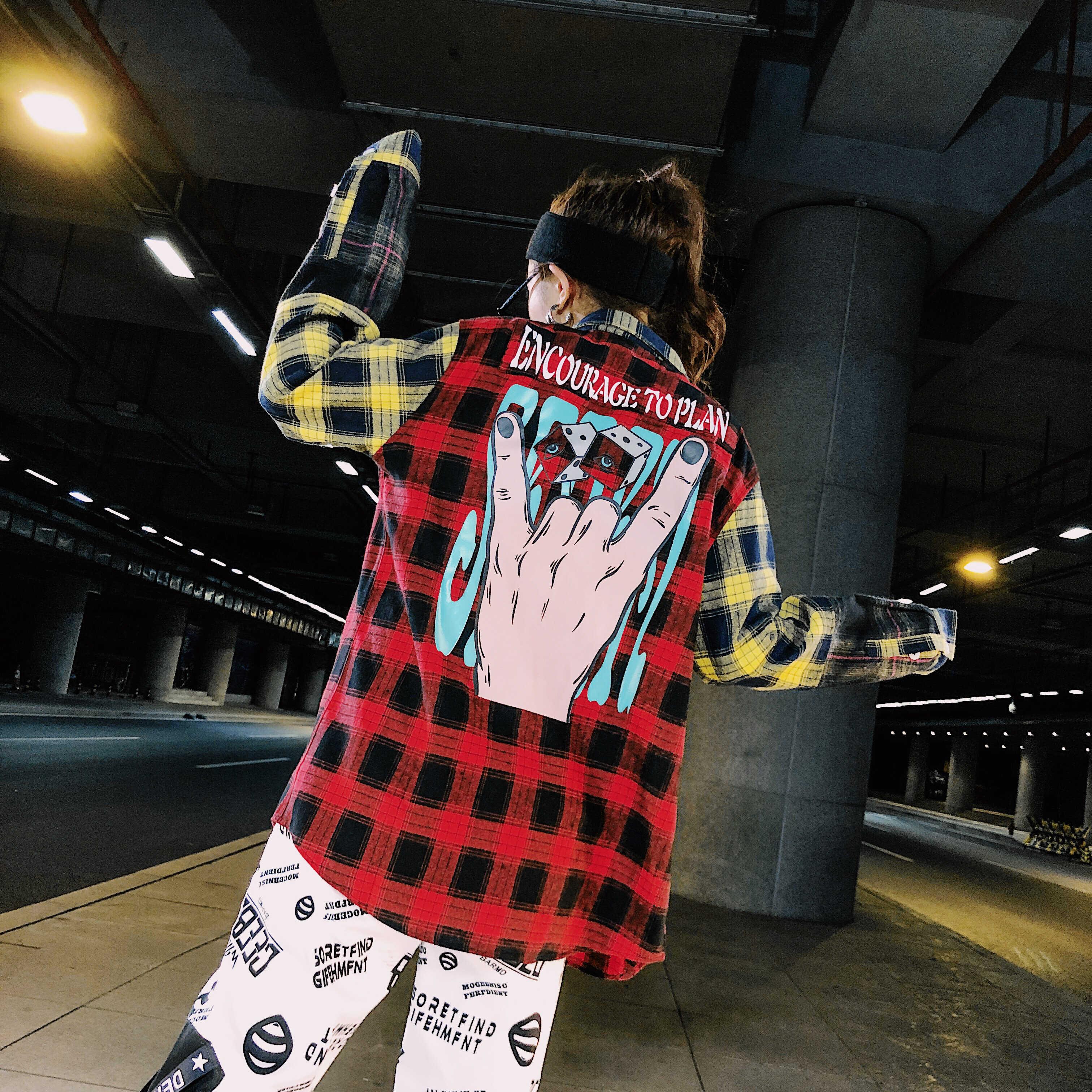 ファッションプラスサイズのチェック柄シャツ女性の原宿バックおかしいプリント長袖コットンシャツ Kpop ヒップホップの女性ストリート