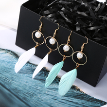 New Fashion Long Feather Drop Dangle Earrings for Girls Women Hollow Round Circle Simulated Pearl Earrings Ear Jewelry Jewelry fashion dangle earrings new style retro noble women 3 circle white simulated pearl drop earrings