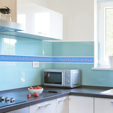 KLG-018 Self-adhesive Wallpaper Decor Wall Sticker Waistline Stickers PVC  Waist Line  Bathroom kitchen Tile Stickers wallpaper наклейка complete stickers 018 a4