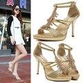 2016 nuevo estilo moda mujer de tacones altos sexy Peep toe Rhinestone de estilete sandalias para mujer de la celebridad bombea los zapatos dorado