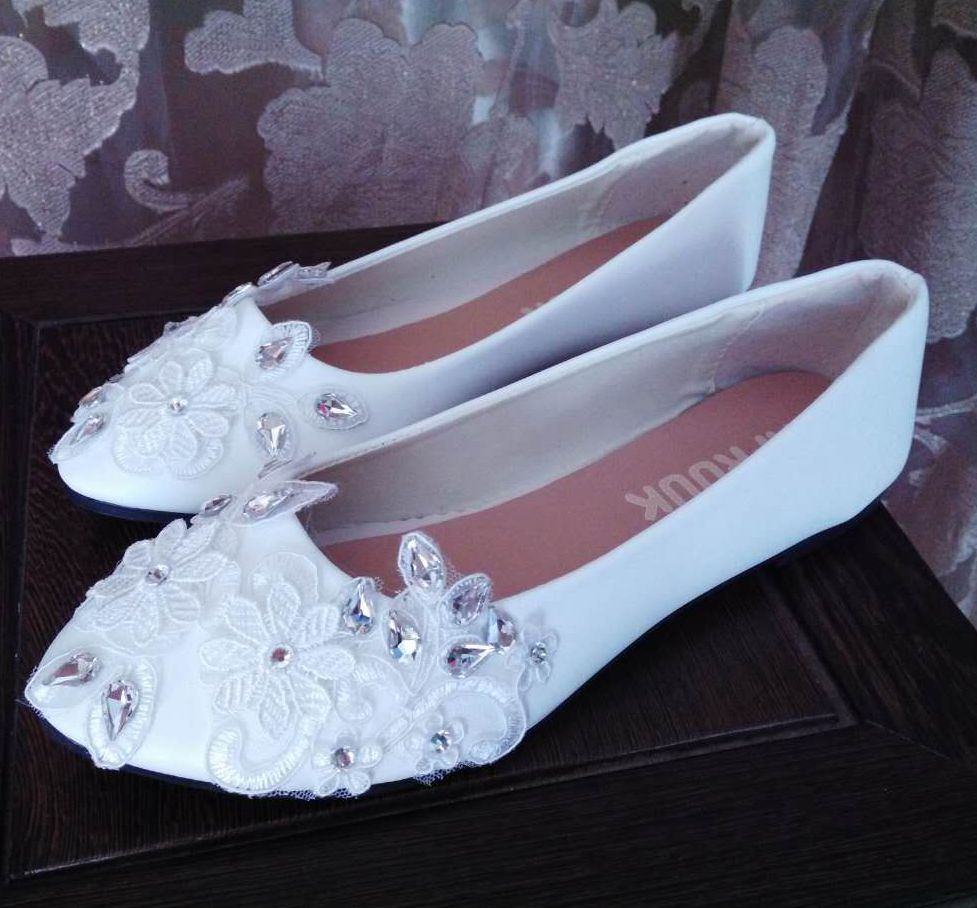 Plus size 41 42 43 flat heel laces wedding shoes woman white lace silver big crystal rhinestones luxury brides wedding shoes