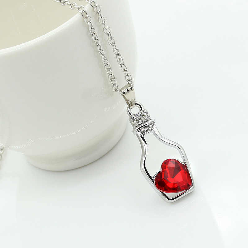Cute Wishing Bottle Necklaces Hollow Crystal Love Pendants Heart Charm Clavicle Chain Women Fashion Rhinestone Zircon Jewelry