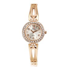 New ladies watch Rhinestone Hollow Out Bracelet Wristwatch Women Fashion Rose Gold Watches Ladies Alloy Analog Quartz relojes