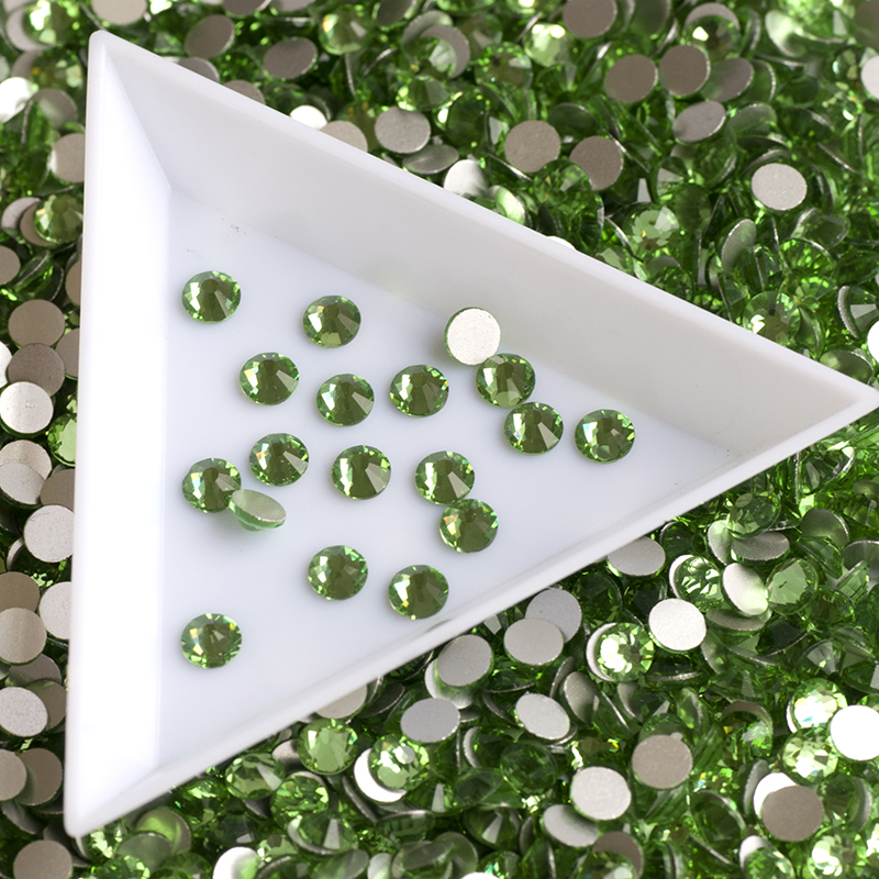 No Hot Fix Rhinestone Peridot Tamaño diferente Cristal de cristal - Arte de uñas - foto 3