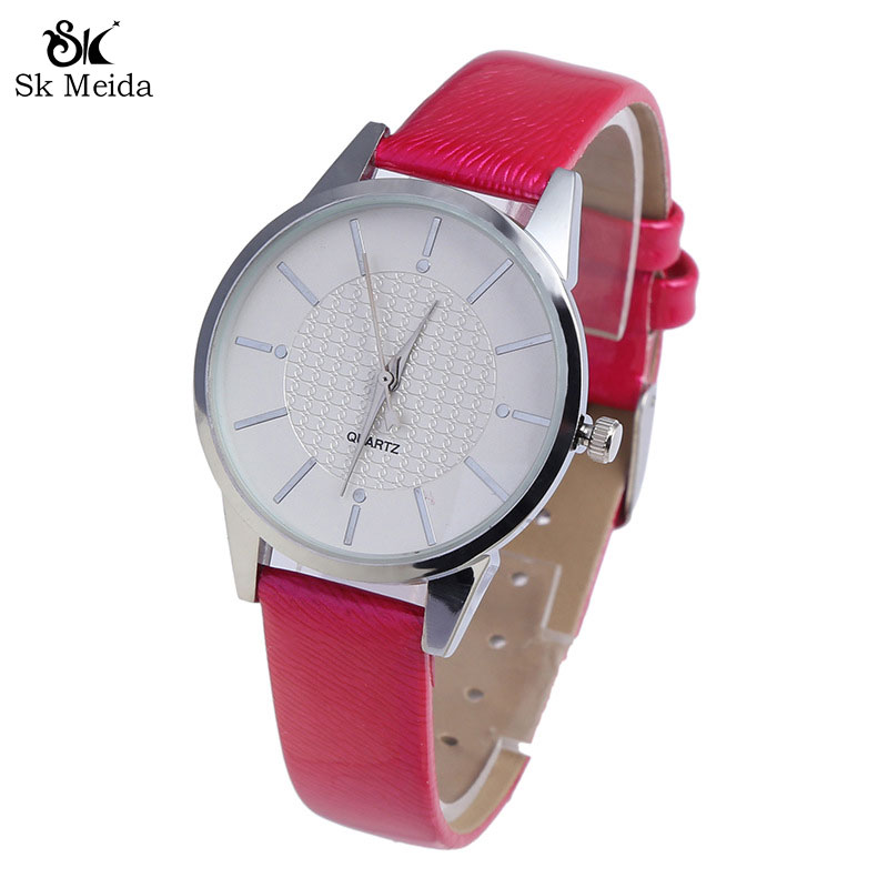 Watches Sporting New Metal Quartz Watch Exquisite Compact Miniature Dial Women Watches Bright Leather Strap Ladies Watch Round Leather Clocksw-45 To Have A Long Historical Standing
