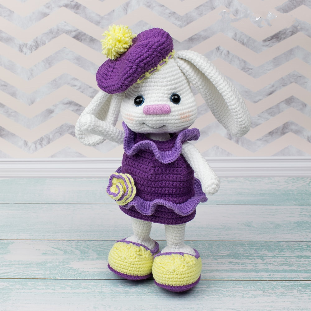 Free-Pretty-Bunny-Crochet-Pattern-Amigurumi-Today_