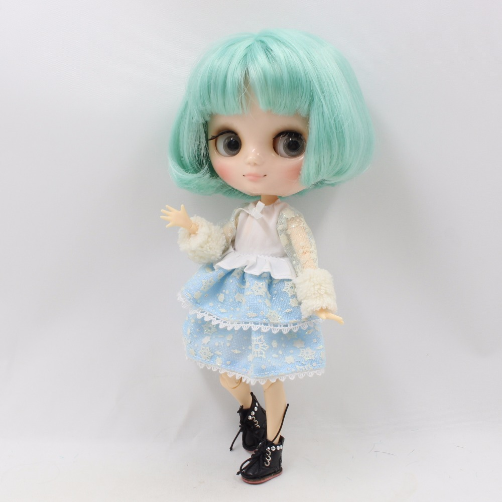 Middie Blythe Doll with Mint Hair, Tilting-Head & Jointed Body 3