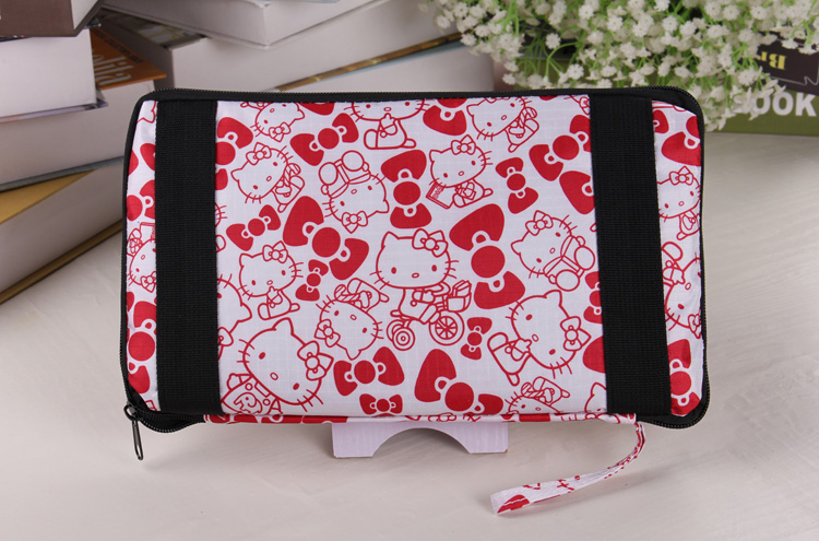 2018 New Pikachu Folding Travel Bag Large Capacity Waterproof Printing Bags For Hello Kitty Portable Womens Tote Anime Women