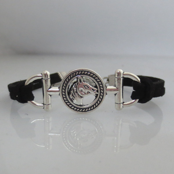 Us 1 89 Infinity Horse Bracelet Charm Woman Man Bracelets Jewelry Gift 2pcs In From Accessories