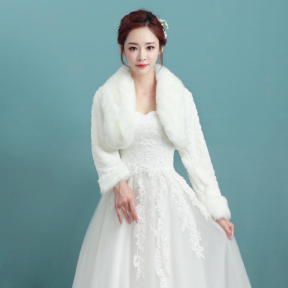 2018 Winter New Arrival long Sleeve Faux Fur Bridal Jacket Faux Fur Warm Boleros Wedding Shrug Cheap Price-in Wedding Jackets / Wrap from Weddings & ...