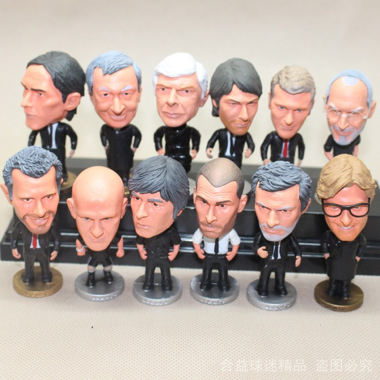 16pcs/set KODOTO Soccerwe Coach Judge Set football soccer player star collection dolls toys MOURINHO FEYGUSON LOEW GIGGS MANCINI soccer smart first touches developing the skillful player