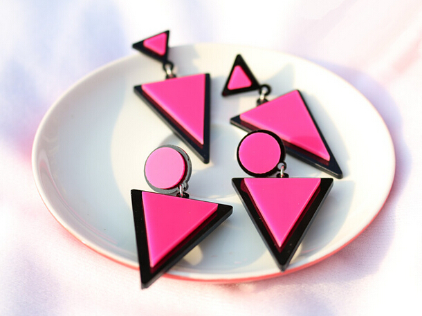 Brand Earing Fluorescent Colorful Triangle Earrings Stud Earrings For Women Crystal Pearl Earrings Fashion Jewelry Wholesale 1