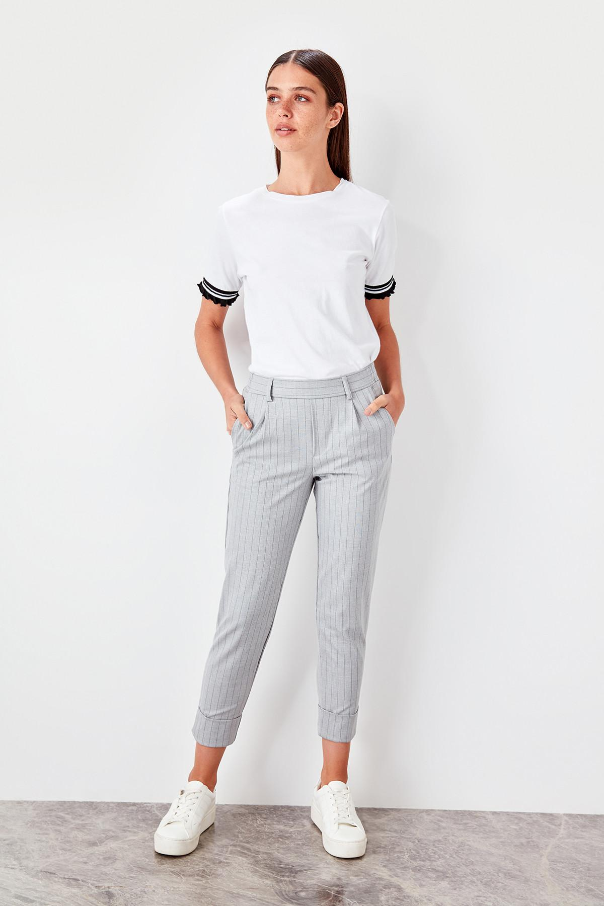 Trendyol Gray Striped Pants TWOAW20PL0041