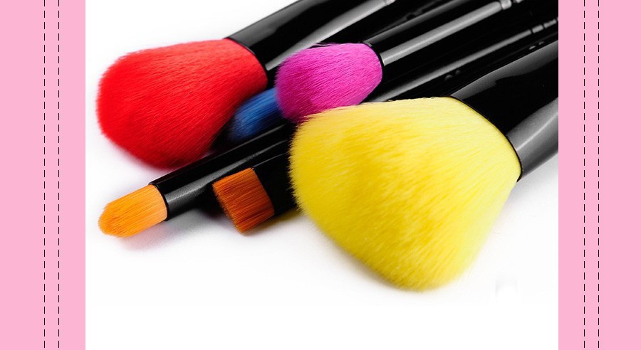 make up brushes 4