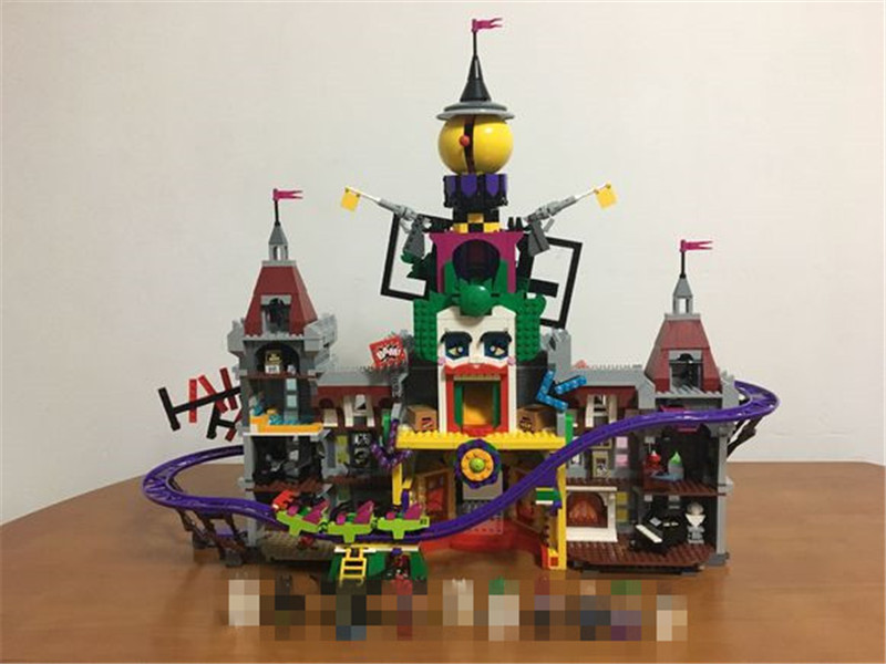 3857Pcs The Joker`s Manor Set Super Hero Series Lepins Building Blocks Bricks Christmas Children Boy's Gift DIY Toys black pearl building blocks kaizi ky87010 pirates of the caribbean ship self locking bricks assembling toys 1184pcs set gift