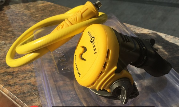 Huacheng diving adjustable ventilator Adjustable two adjustable second stage diving regulator breathing equipment