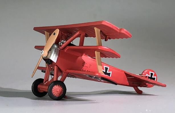 Rare  Special Offer  1:72  World War I Germany  King Of Air War  Red Baron  Dr-1 Tri-wing Fighter Model  Alloy  Collection Model