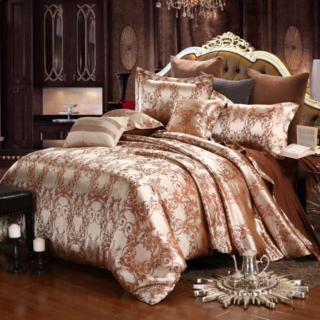 Luxury bedding sets jacquard queen king size duvet cover for Bride kitchen queen set
