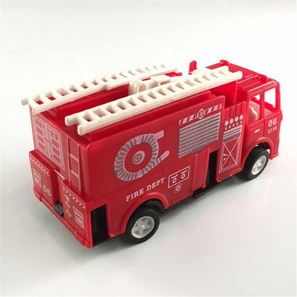 Warna Merah Mini Diecasts Model Mobil Pemadam Kebakaran Mainan Anak Mobil Mobil Mesin Mainan Anak-anak 14*4.2*6.8 CM