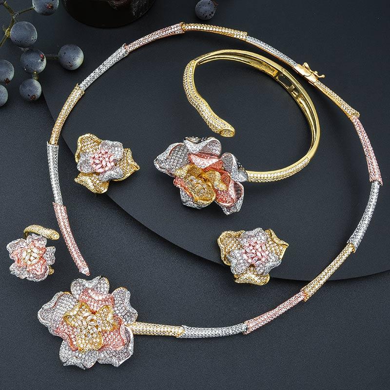 MoonTree moda luksusowe kwiat luksusowe 3 Tone dżetów naszyjnik kolczyk pierścień bransoletka dubaj biżuteria ustaw biżuteria w Zestawy biżuterii od Biżuteria i akcesoria na  Grupa 1
