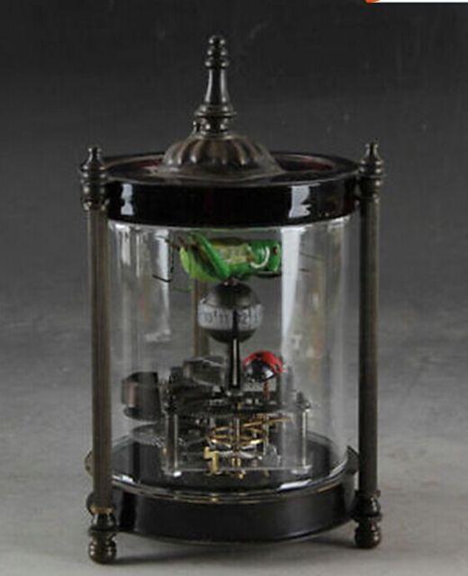 Elaborar decorativo Chinês cobre joaninha gafanhoto antigo relógio mecânico