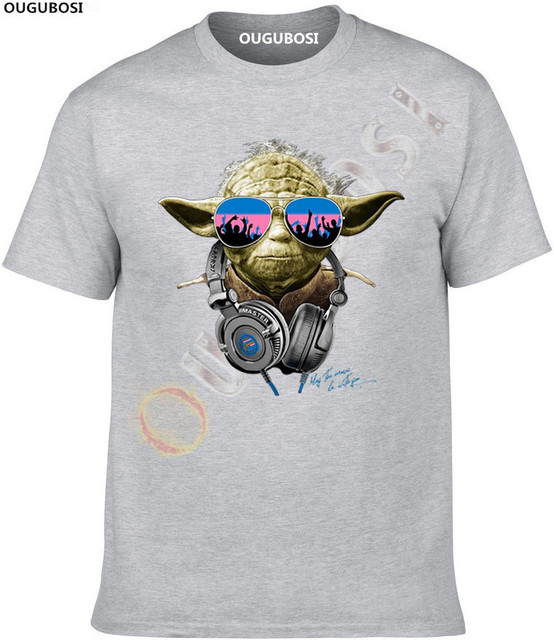 COOL STAR WARS INSPIRED DJ YODA BANKSY GRAFFITI GRAPHIC MEN'S FUNNY T – SHIRT