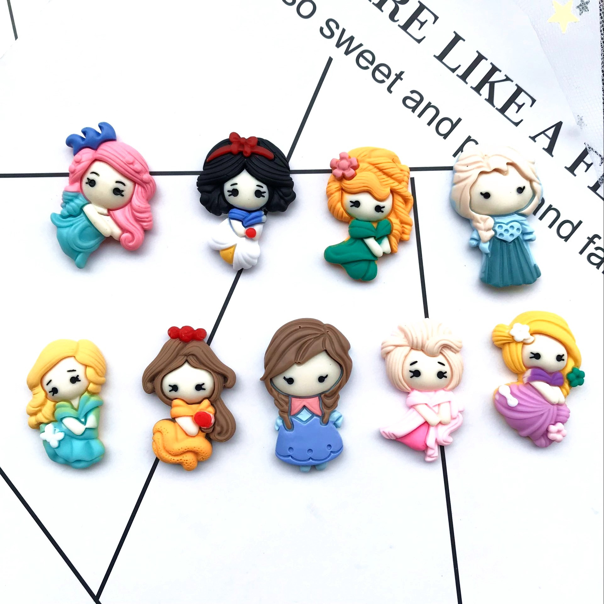 Free Shipping  New Flat Back Resin Princess Children Send Hair Clips To Decorate DIY
