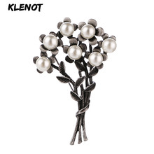 Vintage Flower Plant Brooches for Women Pearl Floral Leaves Brooch Scarf Pins and Bouquet Wedding Party Jewelry