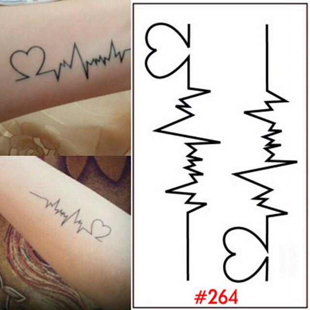 Del Diseño Del Corazón De Pegatinas El Cuerpo Del Tatuaje Para Mujer