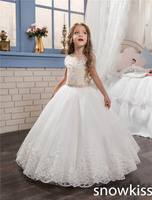 2017 White Ivory First Communion Dresses For Little Girl With Lace Appliques Crystals Tulle Ball Gown