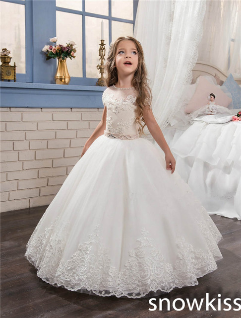 d2a083052534 2019 bianco avorio abiti da prima comunione per la bambina con appliques  del merletto di
