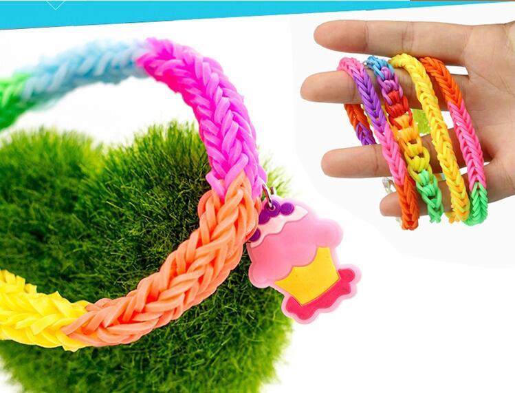 Image 5 - ילדי צבעוני גומייה נול סט DIY קרפט צעצוע אלסטי צמיד סט אריגת מכונת סרט סרוג דמויות קסמי צעצועצעצועי עבודת ידצעצועים ותחביבים -