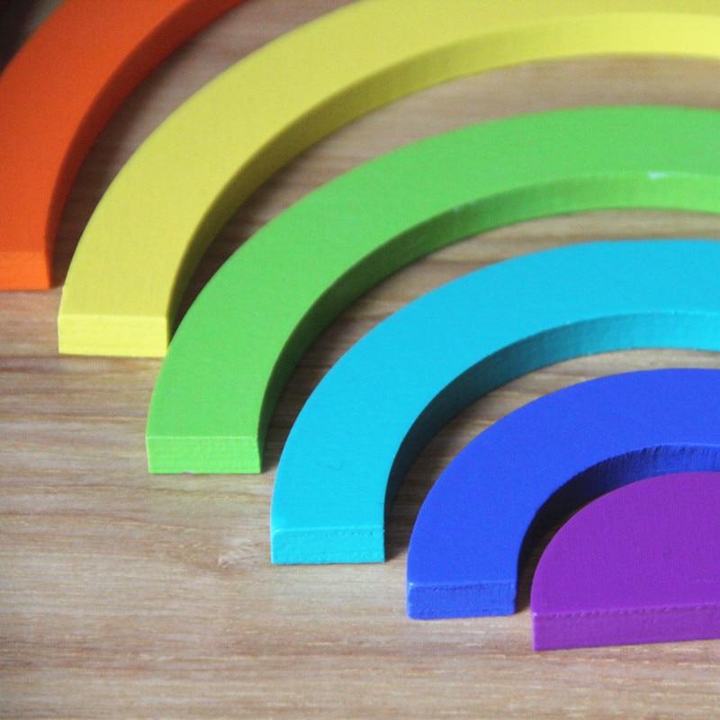 Купить с кэшбэком 2018 New 14Pcs Rainbow Assembling Blocks Wooden Toys Infant Creative Rainbow Blocks Child Educational Montessori Birthday Gift