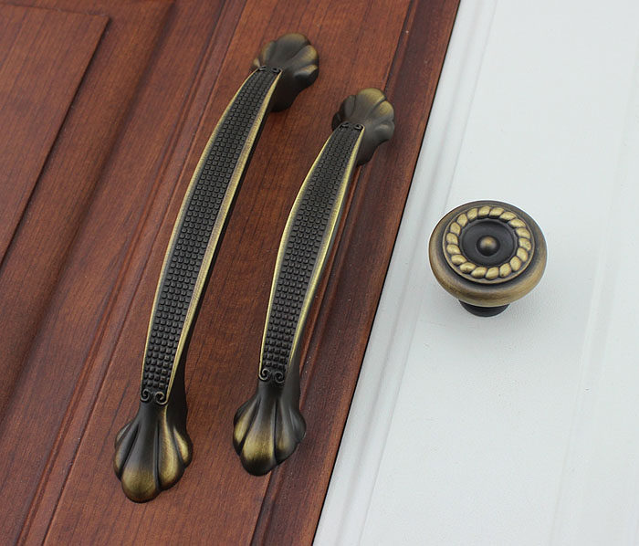 Nice Coffee Bronze Antique European Style Furniture Handle Cabinet Door Handle  Closet Drawer Handle(C.C.: