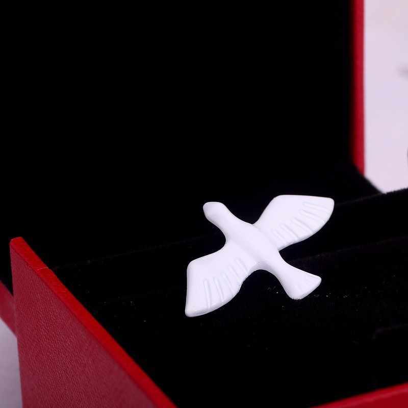 1 adet moda takı sıcak retro basit beyaz güvercin broş, zarif küçük hayvan yaka, erkek ve kadın mücevheratı toptan