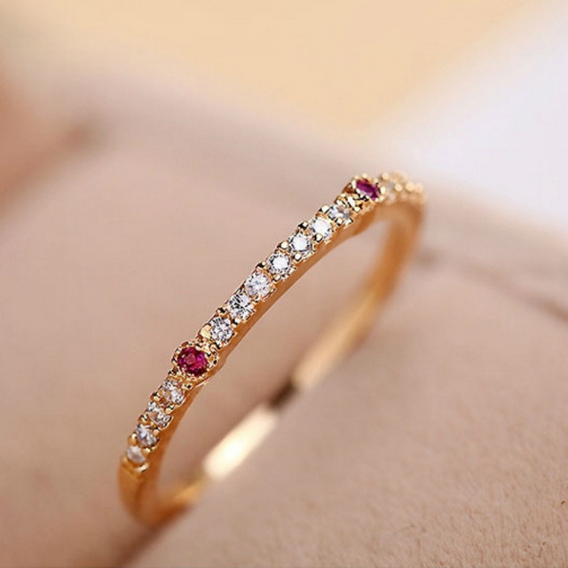 New 2017 Fashion Gold color Shining Cubic Zirconia Gold Finger Ring Delicate Per