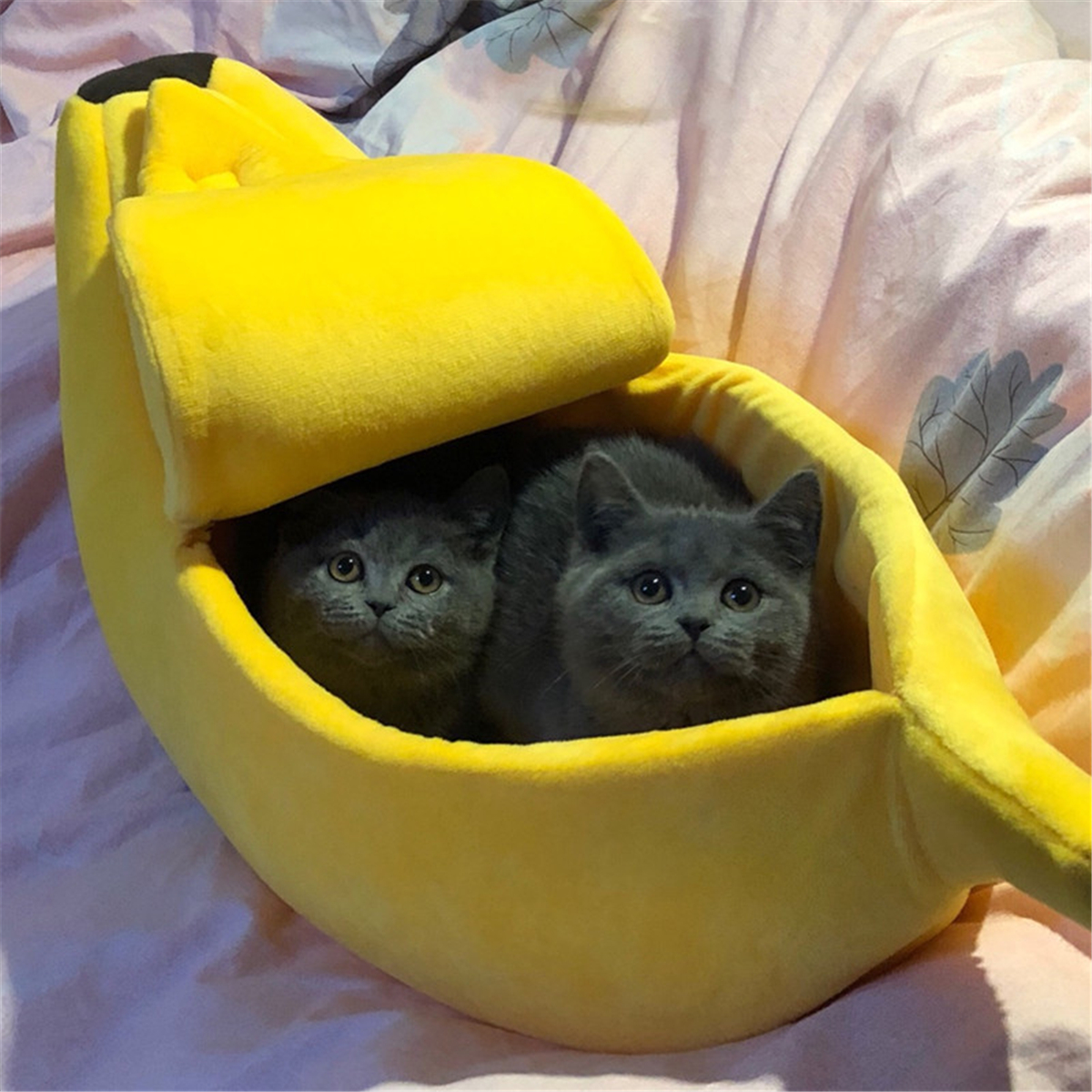Lovely Banana Cat Bed