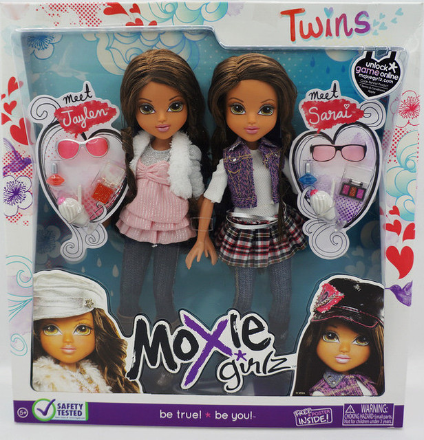 Moxie Girlz Twins Big Eyes Twin Sister Doll Fashion Suit Free
