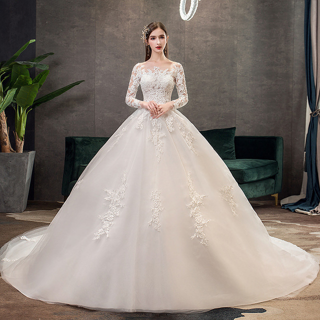2019 New Classic Off White O Neck Long Sleeve Wedding Dress Simple Lace Embroidery With Train Custom Made Slim Bridal Gown L