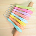 2016 New Exclusive Offer 8pcs/set Colorful Bending Spoon Shape Plastic Handle Aluminum Crochet Hook Knitting Needles 2.5mm-6.0mm