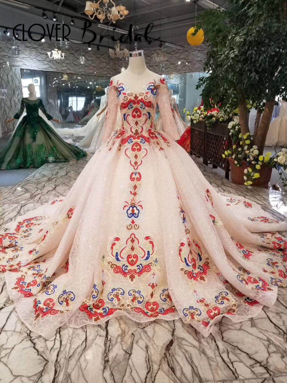 CloverBridal new arrival red+champagne embroidery long sleeves A-line   prom     dresses   100cm train 2019   prom   gown