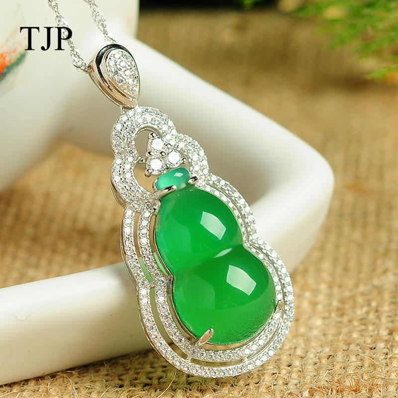 925 sterling silver jewelry Pendant Fine jewelry Green agate fine jewelry Natural stone necklace Jade Boutique Pendant 925 sterling silver pendant thai silver natural green agate pendant locket female ruby pendant