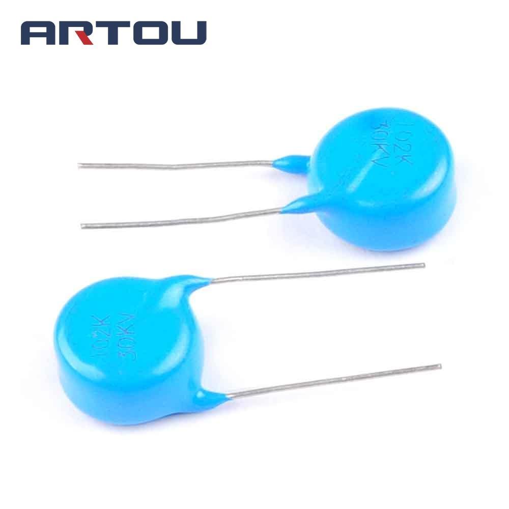 10pF 1000V 10 +//-5/% Multi Layer Ceramic Disc Capacitors NOS NIC Comp