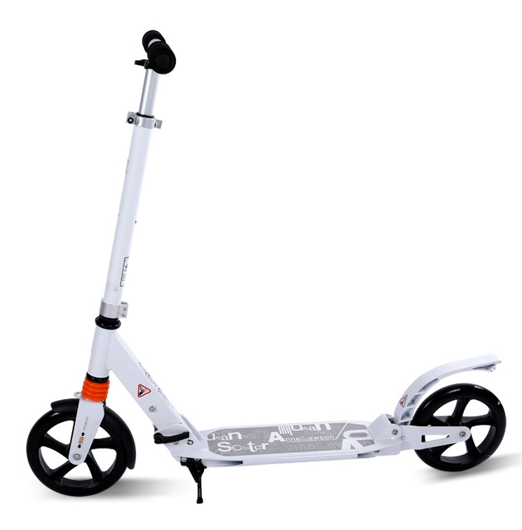 Patinetes e scooters