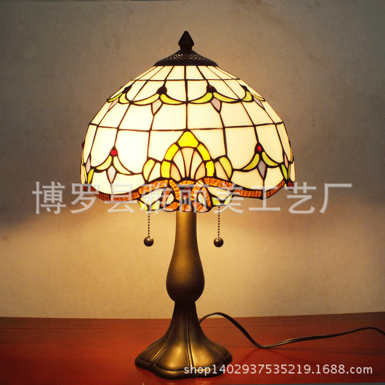 Newest E14 Hand-inlaid glass mosaic bedroom living room decorative Table Lamps of Mediterranean style Turkish LampsNewest E14 Hand-inlaid glass mosaic bedroom living room decorative Table Lamps of Mediterranean style Turkish Lamps