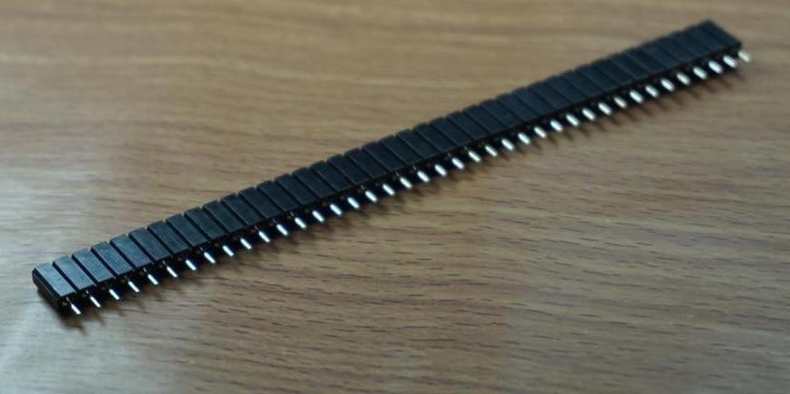 50pcs 1x40 P 40 Pin 2 54mm machined Pin socket female header round pin insulator 7