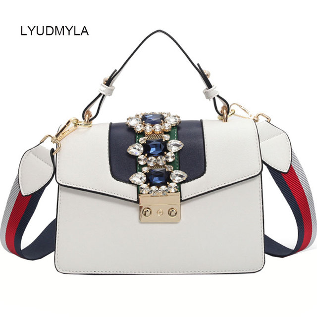 Diamond Shoulder Messenger Bag For Women 2018 New Fashion White Black Blue  Leather Handbag Famous Brand Designer Handbag Purses 0cc55359afc87