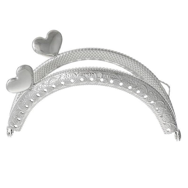 1PC Metal Frame Kiss Clasp Arch For Purse Bag Silver Tone Heart Pattern fggs 1pc metal purse bag frame kiss clasp lock silver tone size 16 5x9 5cm