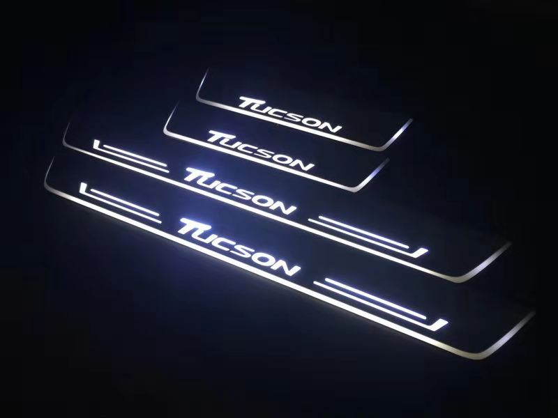 Qirun acrylic led moving door scuff welcome light pathway lamp door sill plate linings for Hyundai